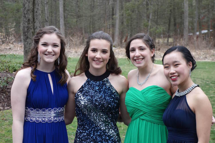 Juniors+Maddie+Chagnon%2C+Kelly+Tragash%2C++Julia+Borgida%2C+and+Jenny+Chen.+