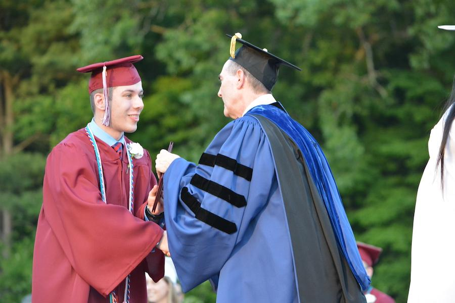 2016+graduate+Matt+Scalzo+receives+his+diploma.