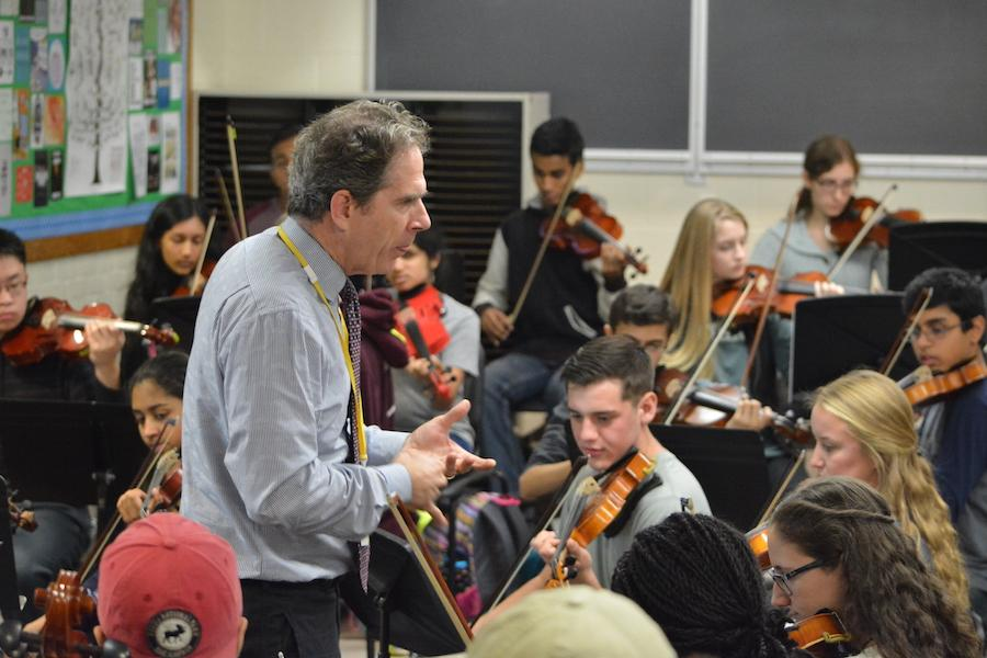Playing+a+tune--+Director+of+the+Hartt+School+of+Music+orchestras+Edward+Cumming+leads+students+in+%E2%80%9CSymphony+Number+8+in+G+Major%E2%80%9D+by+Antonin+Dvorak.+Cumming+was+recently+hosted+as+a+guest+speaker+in+the+Music+Department+on+October+24+to+speak+to+the+String+Ensemble+students+about+careers+in+music.+