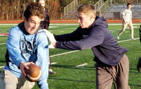 Flag football tournament raises money for Class of 2020