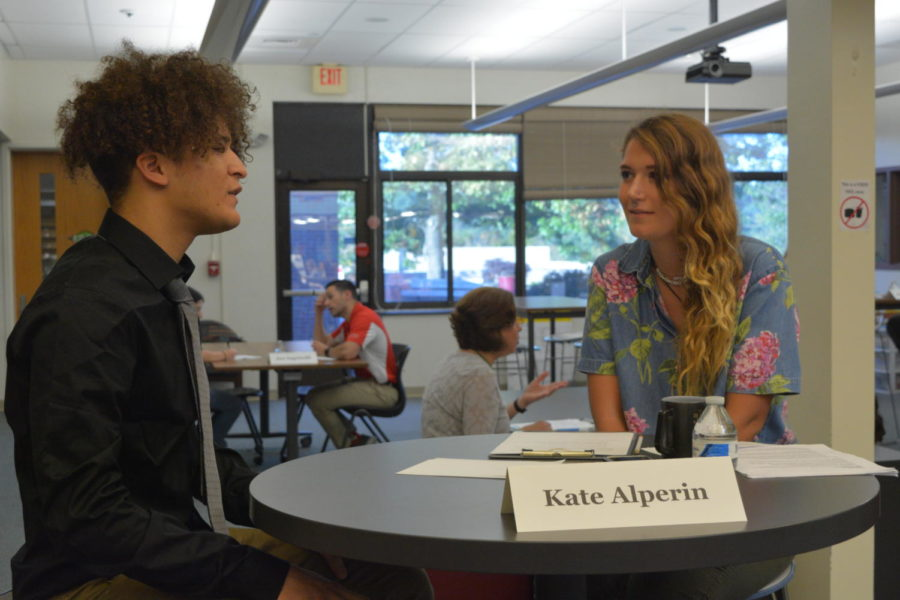 Capstone Networking Event connects students to professionals