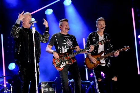A Farewell Performance --Rascal Flatts officially announces the split of their beloved country band at the end of 2020.